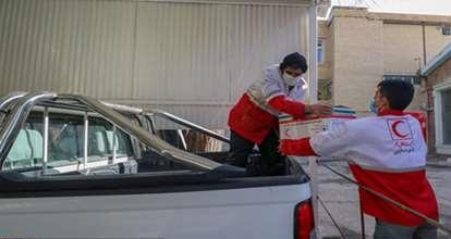 توزیع بیش از یک هزار بسته معیشتی توسط جمعیت هلال احمر اصفهان در بین خانواده های نیازمند متاثر از کرونا