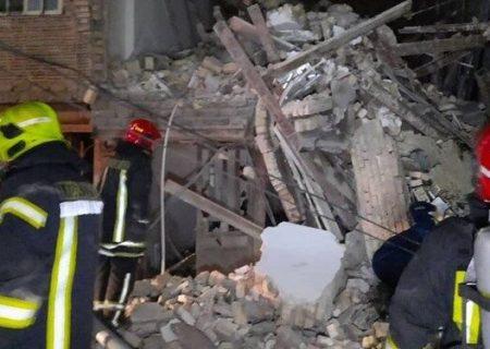 تخریب منزل قدیمی یک کشته و یک مصدوم برجای گذاشت