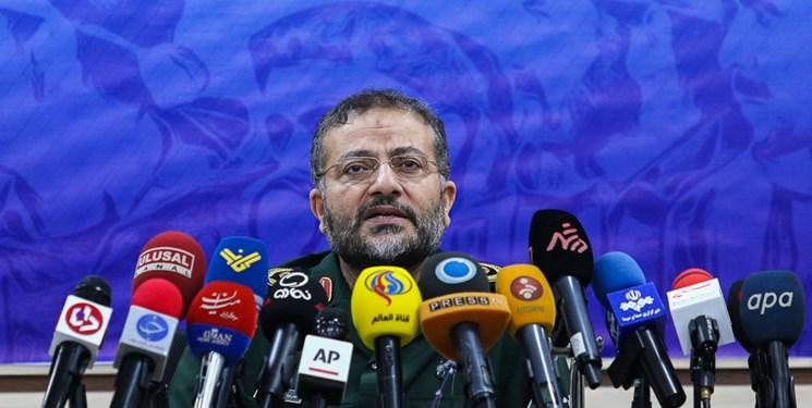 اکثریت مردم تمایل به استفاده از واکسن ساخت داخل دارند/ دنیا خبر پیروزیهای ملت ایران را خواهد شنید