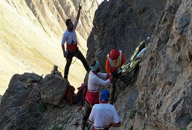 سقوط یک کوه نورد از ارتفاعات کوه صُفه اصفهان