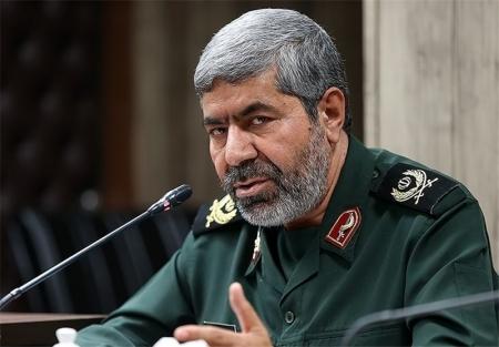 سردار حجازی علیرغم عارضه های شیمیای بجامانده از دوران دفاع مقدس در جبهه های مقاومت فعالیت داشت