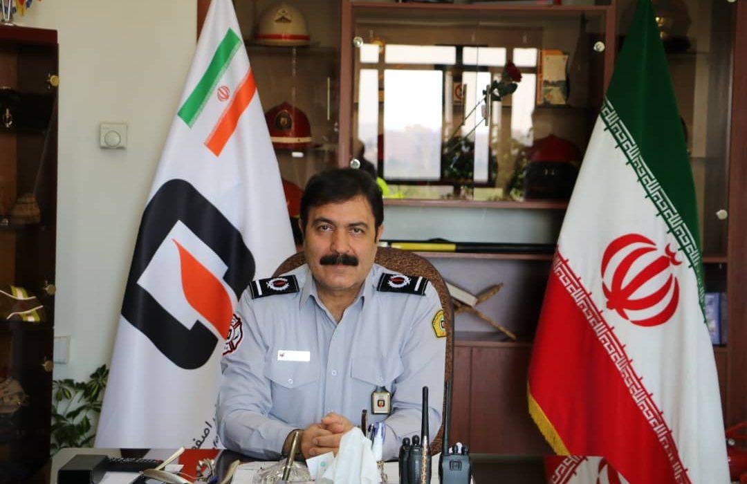 نجات بیش از ۴ هزار نفر توسط آتش نشانان اصفهانی در سال ۹۹/ استقرار ۲۱۰۰ دستگاه اطفايیه در نقاط استراتژیک اصفهان