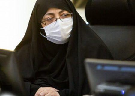 بیش از نیمی از بیماران کرونایی مربوط به شهر اصفهان هستند/ آماده هستیم مراکز واکسیناسیون را سه شیفته کنیم