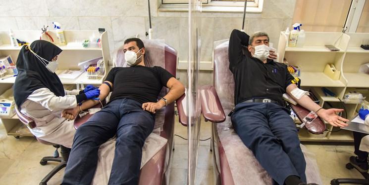 مراجعه ۴ هزار و ۵۰۰ اصفهانی برای اهدای خون/ ذخیره خونی استان مطلوب شد